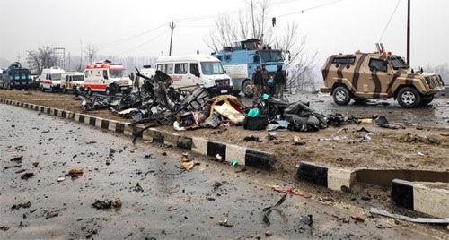 पुलवामा में हुए आतंकी हमले की देशभर के नेताओं ने की निंदा