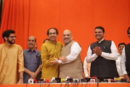 भाजपा और शिवसेना का महाराष्ट्र में हुआ गठबंधन, इस फॉर्मूला से लड़ेंगे चुनाव