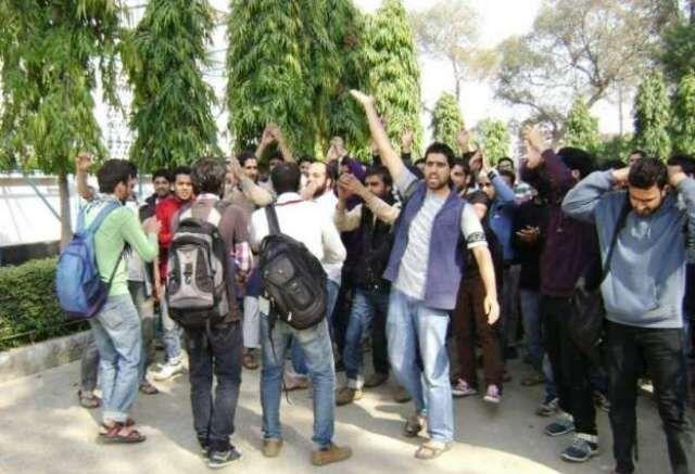 कश्मीर छात्रों की सुरक्षा पर सुप्रीम कोर्ट ने केंद्र और 11 राज्य सरकारों को जारी किया नोटिस