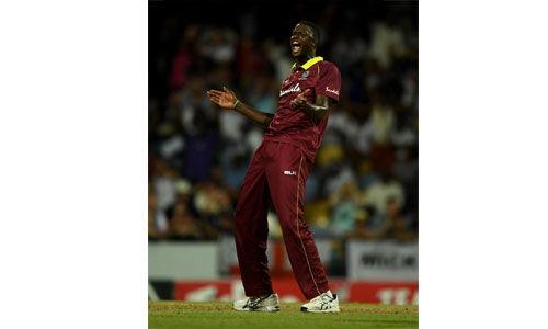 वेस्टइंडीज ने दूसरे एक दिवसीय में इंग्लैंड को 26 रन से हराया