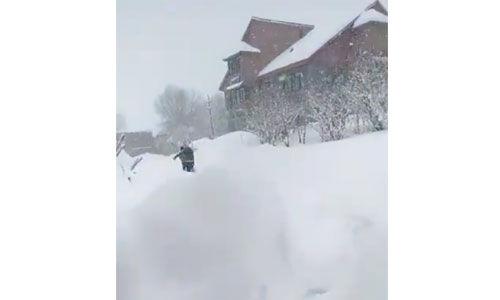 बांदीपोरा के अजास में हिमस्खलन, सात लोग फंसे