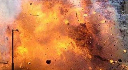 भदोही में पटाखा कारोबारी के मकान में भीषण विस्फोट, 13 की मौत