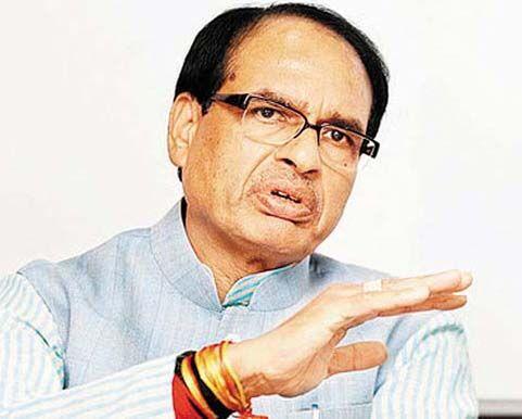 भोपाल और इंदौर की सीमाओं को कड़ाई से सील करें : मुख्यमंत्री चौहान