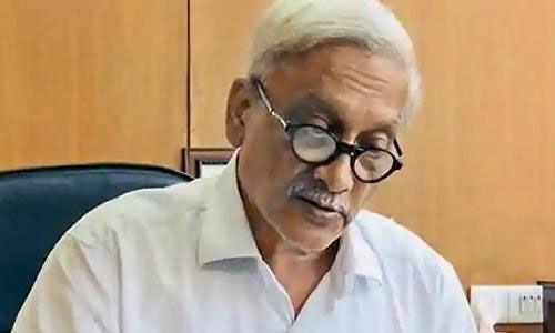 गोवा के मुख्यमंत्री मनोहर पर्रिकर फिर अस्पताल में भर्ती