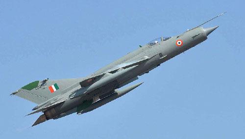 मिग-21 हुआ दुर्घटनाग्रस्त, पायलट सुरक्षित