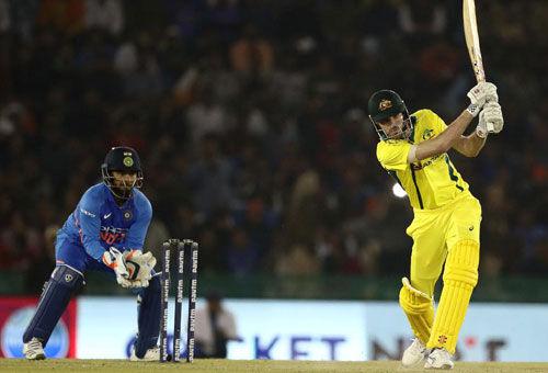 IND vs Aus Live : ऑस्ट्रेलिया ने 4 विकेट से मैच जीता