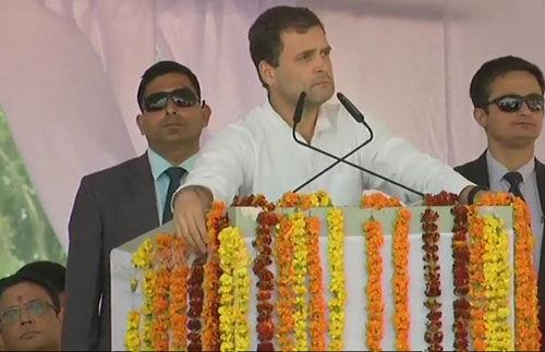 कांग्रेस अध्यक्ष ने मोदी पर साधा निशान, कहा दो नहीं, एक हिन्दुस्तान चाहिए