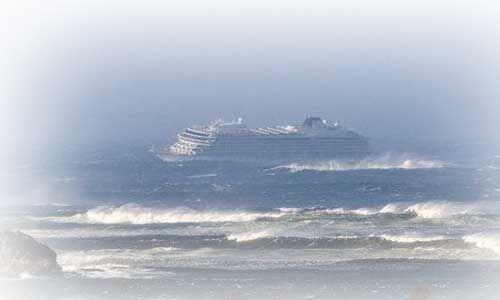 नॉर्वे : समुद्री जहाज के इंजन में आई खराबी, हेलिकॉप्टर से बचाए गए 115 यात्री, बचाव कार्य लगातार जारी