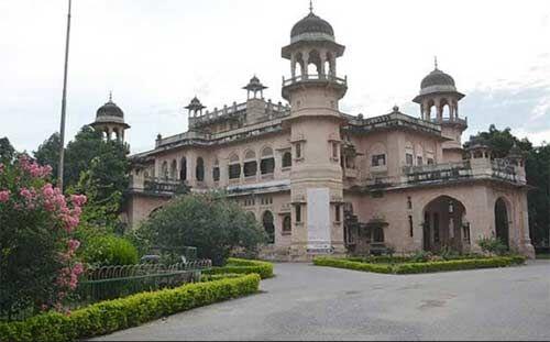इलाहाबाद विश्वविद्यालय : बीए तृतीय हिन्दी व उर्दू की परीक्षा अब 17 अप्रैल को