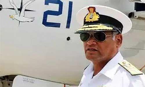 नौसेना प्रमुख की नियुक्ति में वरिष्ठता को नजरंदाज किये जाने पर वाइस एडमिरल विमल पहुंचे कोर्ट