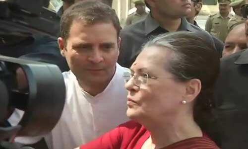 सोनिया गांधी ने रायबरेली से भरा नामांकन