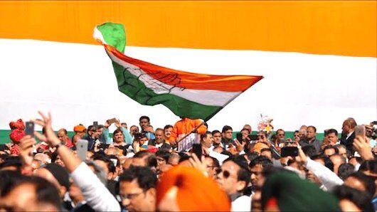 केरल में कांग्रेस 20 में 18 सीटों पर बढ़त, शशि थरूर पहले स्थान पर