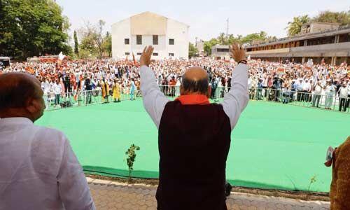 राहुल गांधी व शरद पवार को सिर्फ चुनाव में ही याद आते हैं किसान : अमित शाह