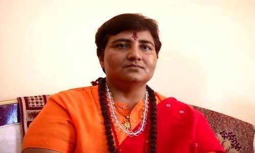 काजी के घर पहुंचकर साध्वी प्रज्ञा सिंह ने दी ईद की बधाई, सबको किया हैरान