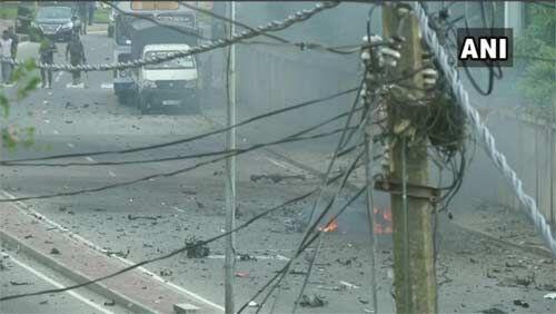 श्रीलंका : कोलंबो में एक और विस्फोट, देश में आधी रात से लागू आपातकाल