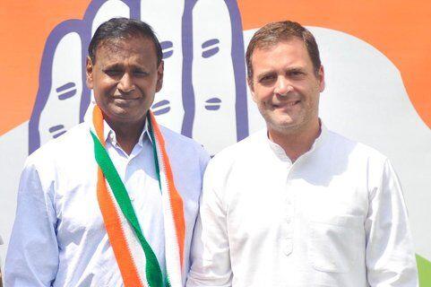 भाजपा छोड़ कांग्रेस में शामिल हुए उदित राज