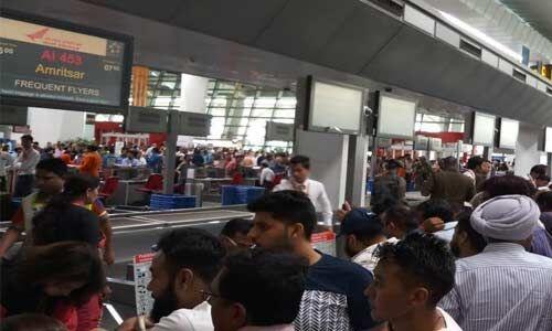 एयर इंडिया का सिस्टम बहाल, 5 घंटे फंसे रहे हजारों यात्री