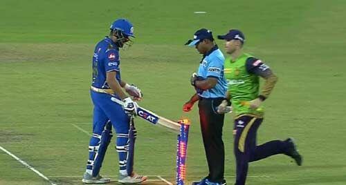 रोहित शर्मा पर मैच फीस का 15 प्रतिशत जुर्माना