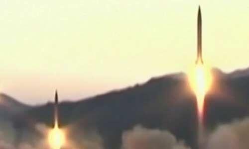 उत्तर कोरिया ने शॉर्ट रेंज मिसाइलों की किया प्रक्षेपण