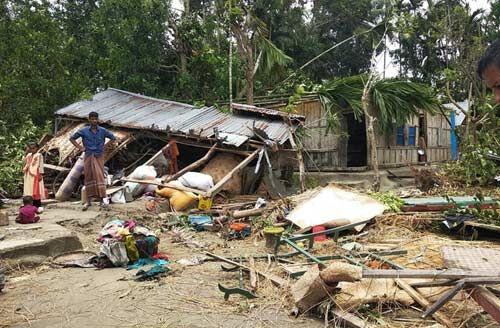 फानी तूफान ने बांग्लादेश में दी दस्तक, चार लोगों की मौत