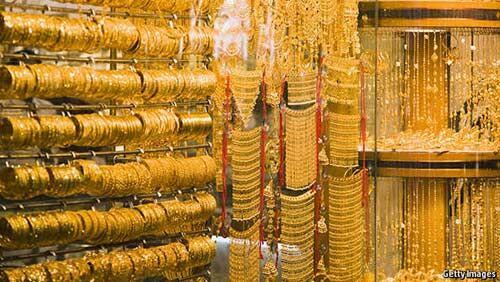 भारतीय रुपया मजबूत होने से सोना 73 रुपये लुढ़का