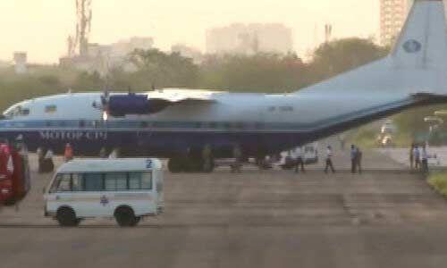 पाक विमान को वायुसेना ने खदेड़ा, जयपुर एयरपोर्ट पर उतरने को मजबूर