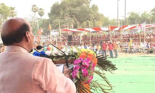 लाशें गिनने का काम गिद्धों का होता है, बहादुरों का नहीं : राजनाथ सिंह