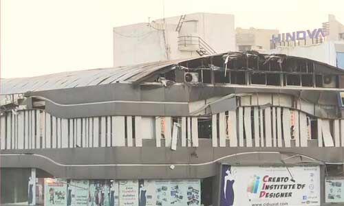 गुजरात : तक्षशिला कॉम्प्लेक्स में भीषण आग से 21 की मौत, तीन के खिलाफ केस दर्ज
