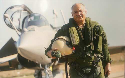 बादल और रडार पर प्रधानमंत्री हुए सही साबित, एयर मार्शल नांबियार ने किया समर्थन