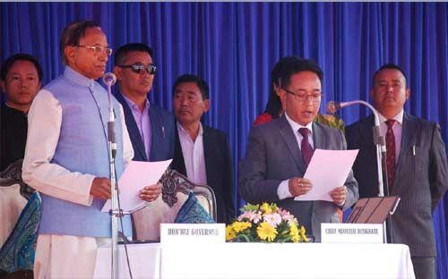 प्रेम सिंह तमांग बने सिक्किम के नए मुख्यमंत्री, पद व गोपनीयता की ली शपथ