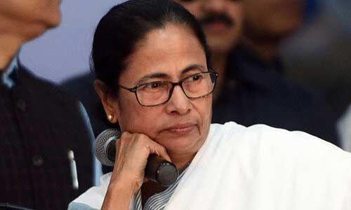 टूट गया बंगाल में दीदी का तिलिस्म?