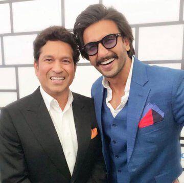 रणवीर ने क्रिकेट के भगवान के साथ खिंचवाई तस्वीर