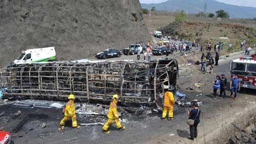 दुबई बस दुर्घटना में 12 भारतीयों समेत 17 लोगों की मौत