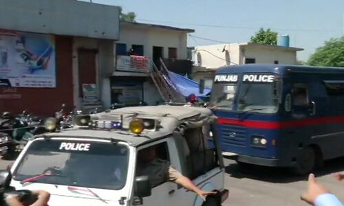 कठुआ दुष्कर्म-हत्या मामले में कोर्ट ने 3 दोषियों को उम्रकैद और तीन को पांच साल की सजा सुनाई