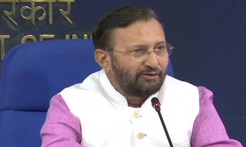 मोदी सरकार 2.0 :  कैबिनेट में तीन तलाक बिल मंजूर, संसद सत्र में होगा पेश