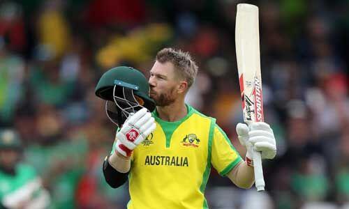 विश्व कप में 500 रन बनाने वाले पहले बल्लेबाज बने वार्नर