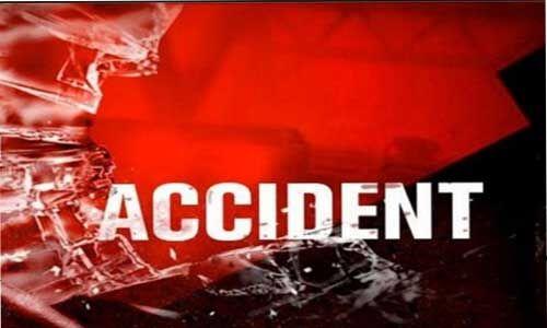 ट्रक ने एम्बुलेंस के मारी टक्कर , 2 लोगों की मौत, 4 घायल