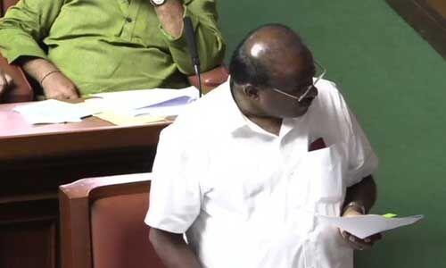 मुख्यमंत्री कुमारस्वामी का ऐलान - वह फ्लोर टेस्ट के लिए तैयार