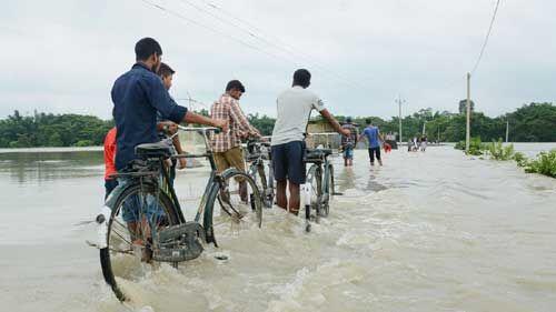 असम के 21 जिलों में बाढ़ जैसे हालात, यह लोग हुए प्रभावित