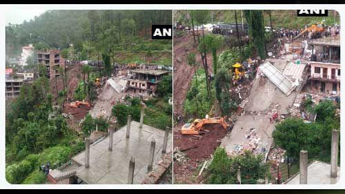 हिमाचल प्रदेश में ढही तीन मंजिला इमारत, 18 को बचाया गया, 20 फंसे