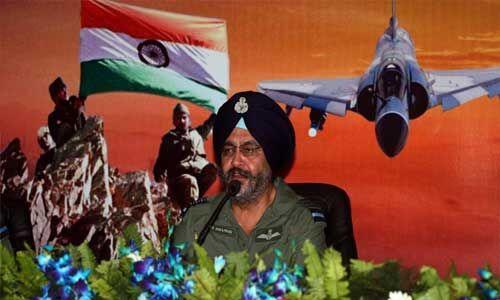 इंडियन एयरफोर्स किसी भी तरह के युद्ध के लिए तैयार : एयर चीफ मार्शल