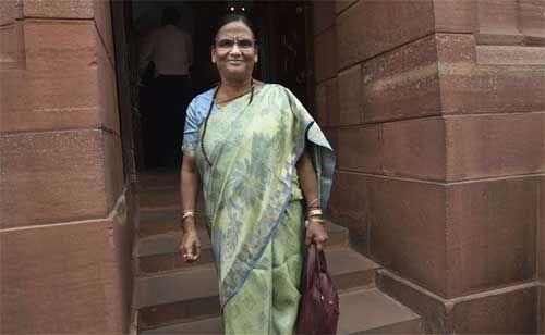 आजम खान जैसे लोगों से सामना करने की ताकत रखती हूं : रमा देवी