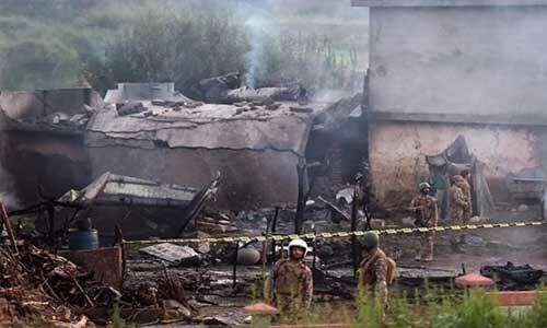 पाक में वायु सेना का प्रशिक्षण विमान हादसे में मृतकों की संख्या बढ़कर 19 हुई