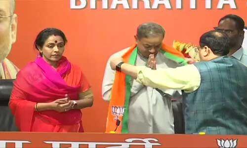 कांग्रेस के पूर्व राज्यसभा सांसद संजय व उनकी पत्नी अमिता भाजपा में हुई शामिल