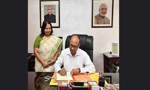गिर्राज प्रसाद गुप्ता ने सीजीए का पदभार संभाला