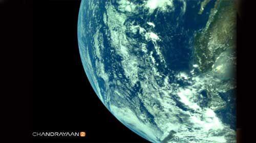 चंद्रयान-2 ने एलआई4 कैमरे से भेजीं पृथ्वी की तस्वीरें, इसरो ने की शेयर