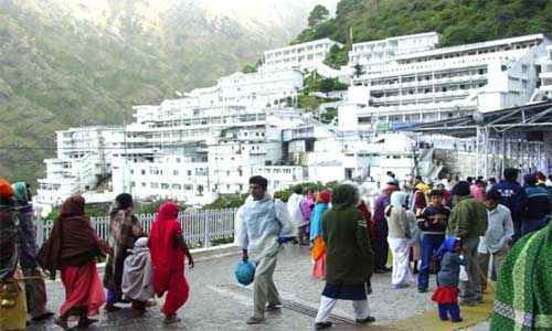 धारा-144 के बावजूद चल रही वैष्णो देवी यात्रा