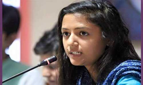 शहला के खिलाफ शिकायत दर्ज, कश्मीर को लेकर किए थे विवादित ट्वीट