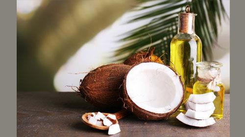नारियल का तेल दूर करता है त्वचा की कई समस्याएं