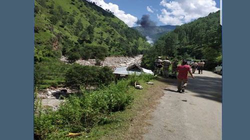 बाढ़ प्रभावित इलाकों में मदद को जा रहा हेलीकॉप्टर हुआ क्रैश